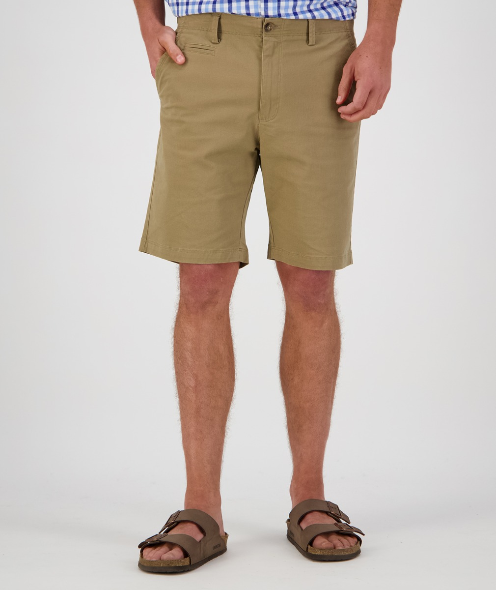 Swanndri Men's Mission Bay Chino Shorts in Taupe